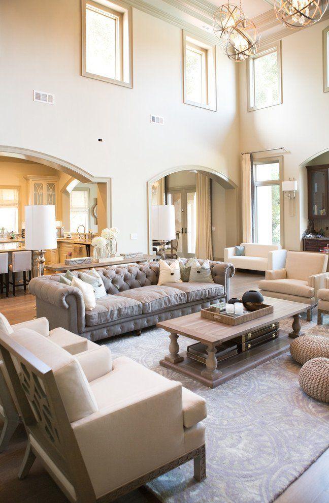 wohnzimmer-einrichten-sofa-Sofa im Landhausstil #Shabbychicfurniture ...