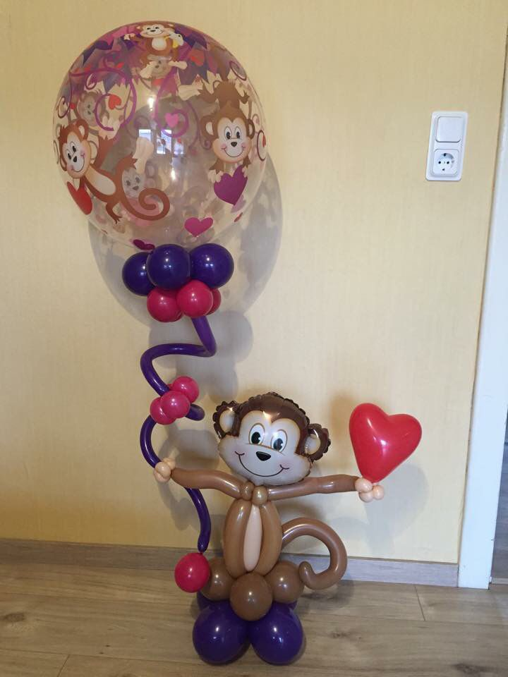 1000 images about valentine 39 s balloon decor on pinterest for Balloon decoration for valentines day