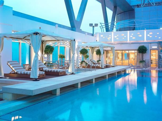 56 Best Hotels Swimming Pool Images On Pinterest Hotel Swimming Pool Cheap Hotels And Hotel