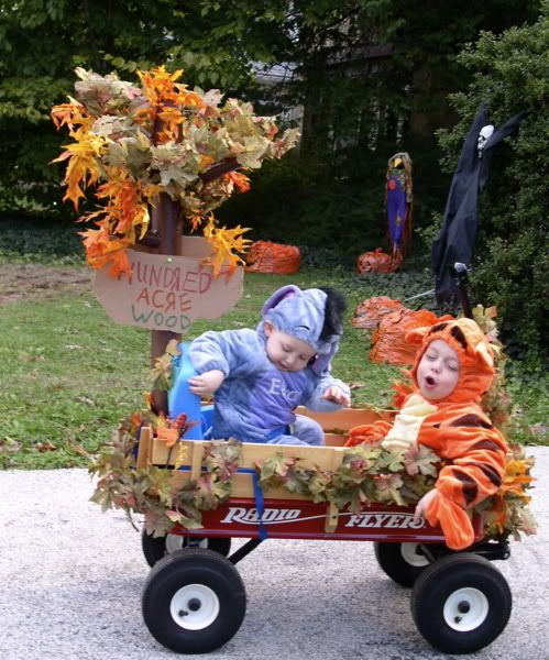 idea for halloween costume decorating wagon theme