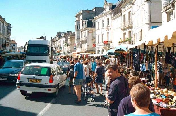 Riberac market on Fridays
