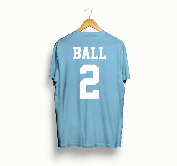 This is a custom Lonzo Ball 2004-2005 Throwback Los Angeles Lakers T-shirt. 100% Pre-shrunk cotton. Made with high quality vinyl for longevity. Message us for other colors.