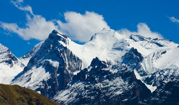 The Sweet Mist of Manali Visit the Hadimba Devi Temple, Vashisht and its hot Sulphur springs, the #TibetanMonastery and the Club House. Visit the #SolangValley. This mesmerizing place offers exciting activities like skiing, parachuting, #Paragliding, skating and zorbing. https://goo.gl/5ZJkhp