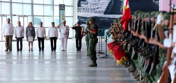 En ceremonia encabezada por el Presidente de la República, se conmemoró el 101 aniversario de la Promulgación de la Ley Agraria de don Venustiano Carranza, teniendo como sede Boca del Río.
