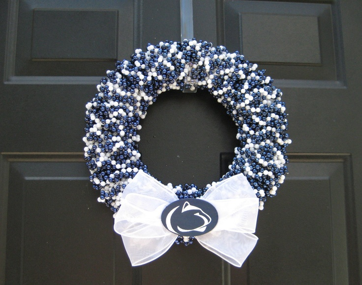 Penn State beaded door wreath. We Are Penn State!Football Seasons, States Doors, Doors Wreaths, States Pride, Colleges Football, Penn State, States Beads, Beads Doors, Are Penne