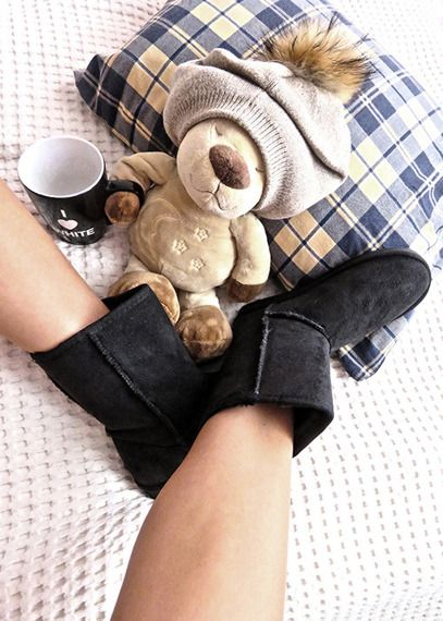 Winter time is coming! Warm snow boots and cute teddy, warm hat and tea. I'm ready!