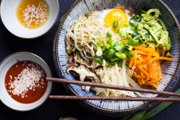 Das koreanische Traditionsgericht Bibimbap ist gesund, lecker und einfach in der Zubereitung.