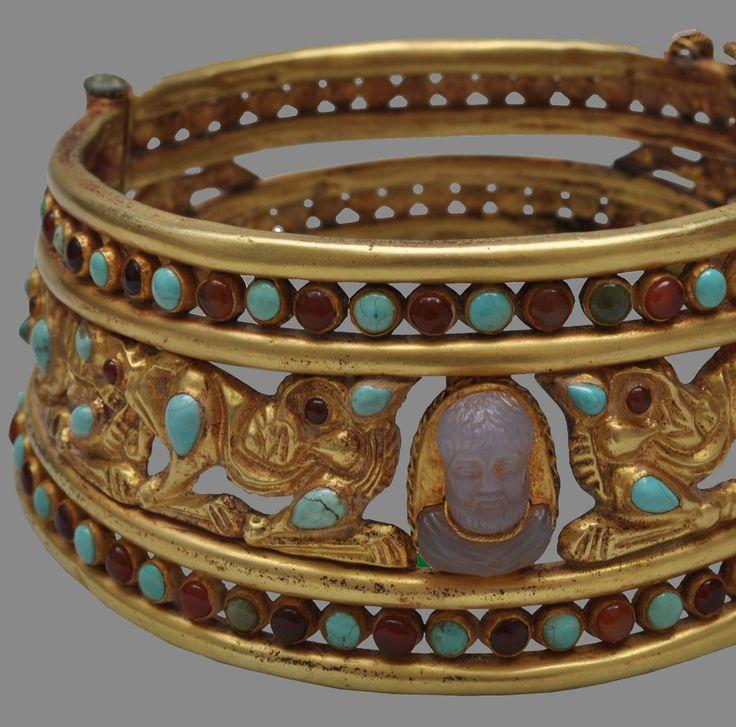 Sarmatian,necklace, ca. 3rd century B.C.