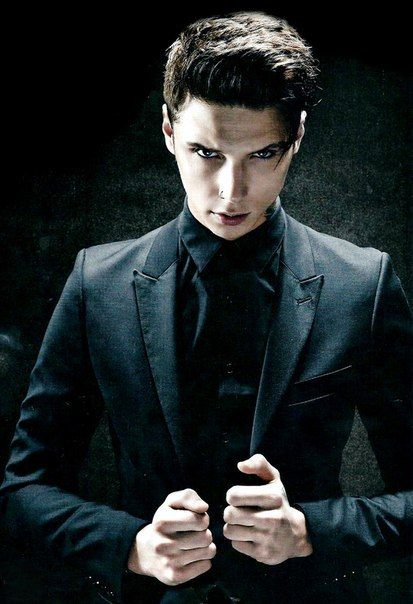 548 best Andy Black Sixx Biersack images on Pinterest | Andy black, Andy biersack and Black veil ...