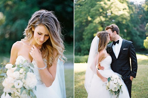 We have been swooning over this outdoor wedding ever since we laid eyes on the gorgeous photos Blumley and Wells Photography shared with us. The location i