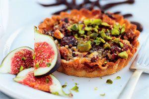 Nøddetærte med marcipan - Dessert/kage - Opskrifter - Mad og Bolig
