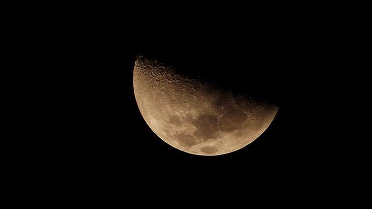 Fotos de nuestros amigos: La Luna desde la región del Maule, Chile.