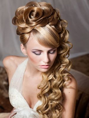 hot long hairstyle with half up and half down wedding bride