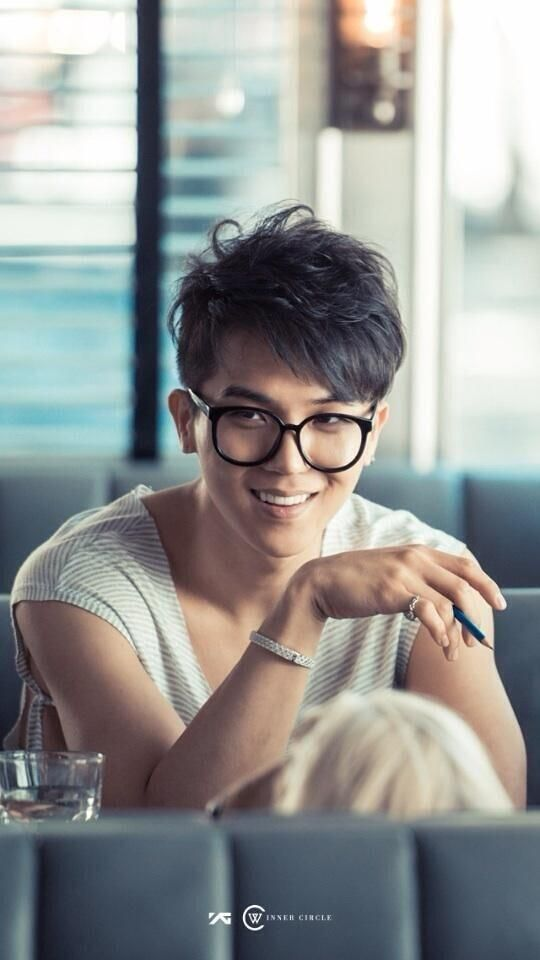#SongMinho #Mino #WINNER // AWWWW!!!!❤️❤️❤️❤️❤️ The smile & the glasses!!! ❤️❤️