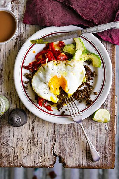Refried Lentils With Eggs