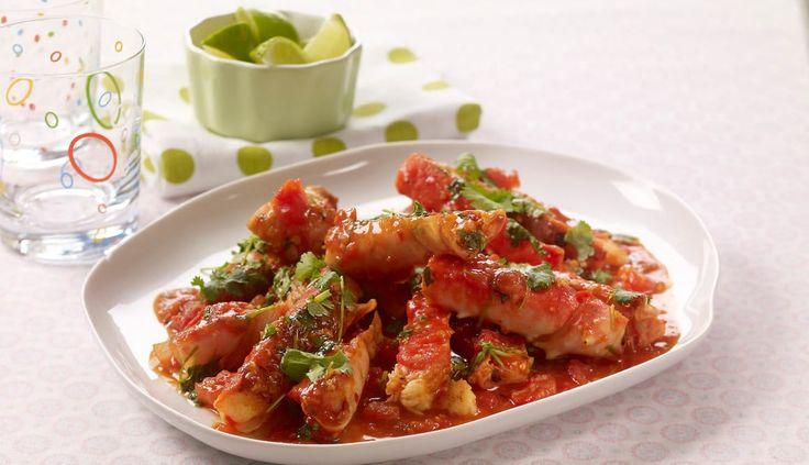 Denne oppskriften med saftig kongekrabbe passer godt som forrett til middagsselskapet. Stekt kongekrabbe med chili, hvitløk og ingefær er spennende og fantastisk godt.