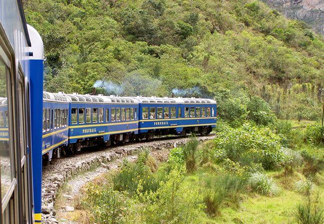 Como llegar a machu picchu como ir en bus, caminando o tren, como viajar - Como llegar a machu picchu, te mostramos las rutas disponibles como ir a machupicchu, ya sea en tren perurail o incarail, caminando o en bus, como viajar a machu picchu http://www.machu-picchu.tours/como-llegar-a-machu-picchu