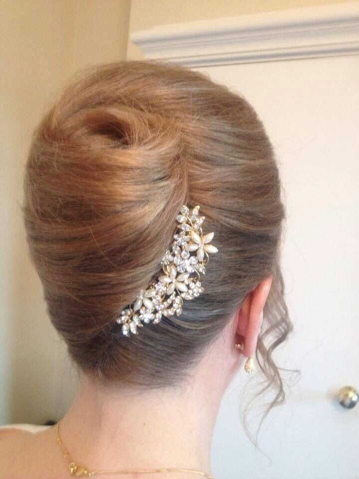 PEARLS & SPARKLES! French Roll with glittery pearl hair accessories on the seam