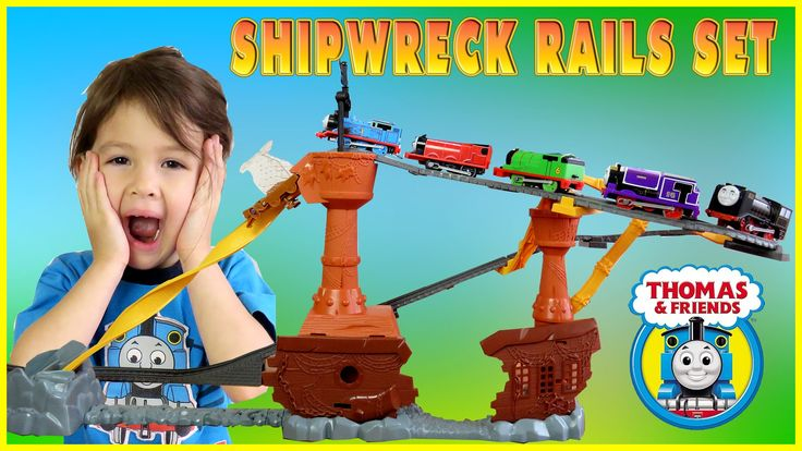Thomas and Friends Shipwreck Rails Set Accidents Will Happen Kids Playin...