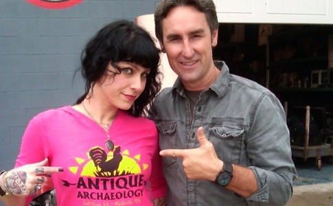 American Pickers..Nothing better than treasure hunts!!