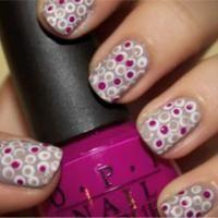 Polkalessen voor je nagels - Beauty - Flair