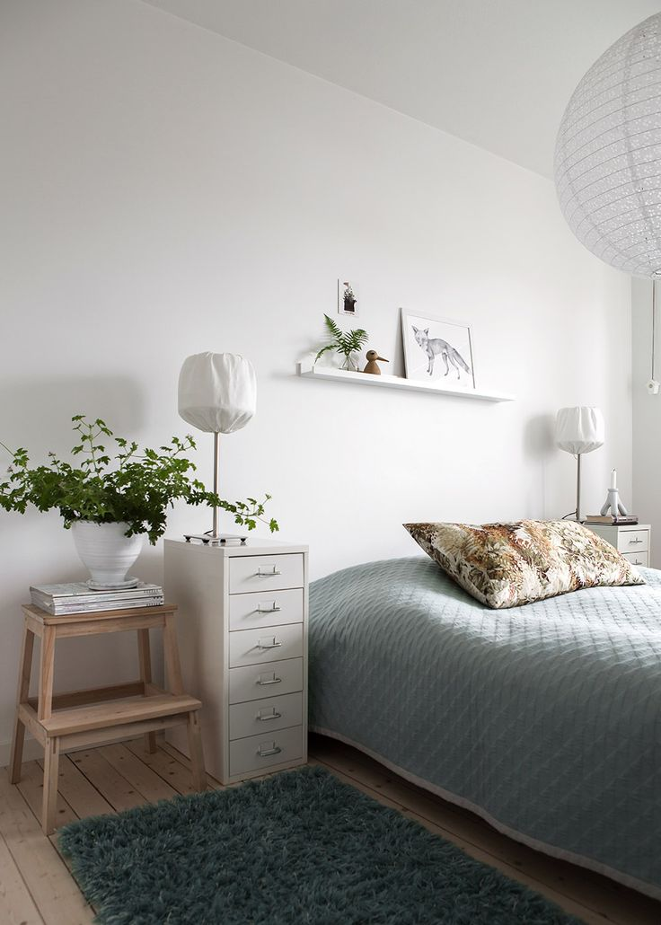 Blue and White, Simple bedroom