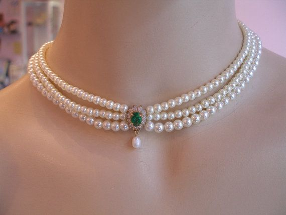 Bride Necklace Emerald Green Stone Vintage Bridal by mylittlebride