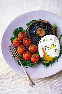 Poached eggs with spinach, portobello mushroom and vine tomatoes