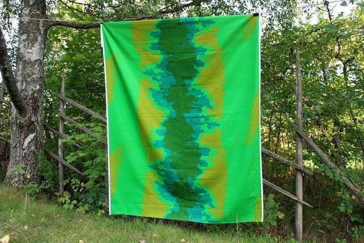 Marjatta Metsovaara design kangas