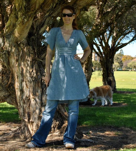"""So here is my new dress, Vogue 1152, with more me-appropriate sleeves (for the """"before sleeves"""", see the post below). … Continue Reading →"""