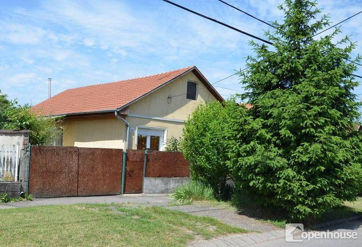 Miskolci ingatlaniroda eladásra  kínálja a 102629-s számú 77 m2-es családi házat Miskolcon  a Győri ...