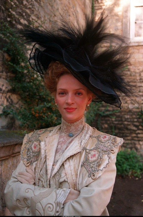 Uma Thurman as Charlotte Stant in The Golden Bowl (2000)