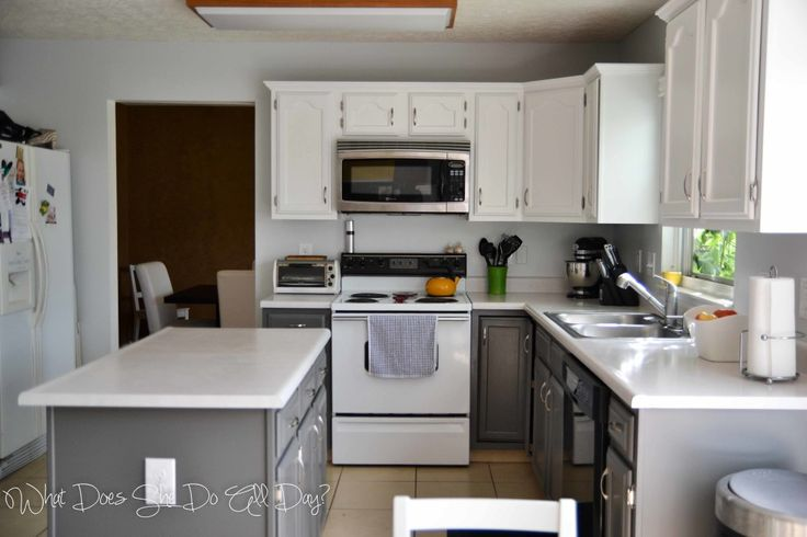 Painted Kitchen Cabinets: Before and After - What Does She Do All Day?What Does She Do All Day?