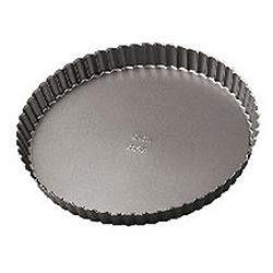 Make a delicious cake or tart in a non-stick Wilton Elite Pan.