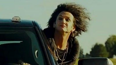 'This Must Be the Place' Clip: Lipstick-Clad Sean Penn Embarks on Road Trip
