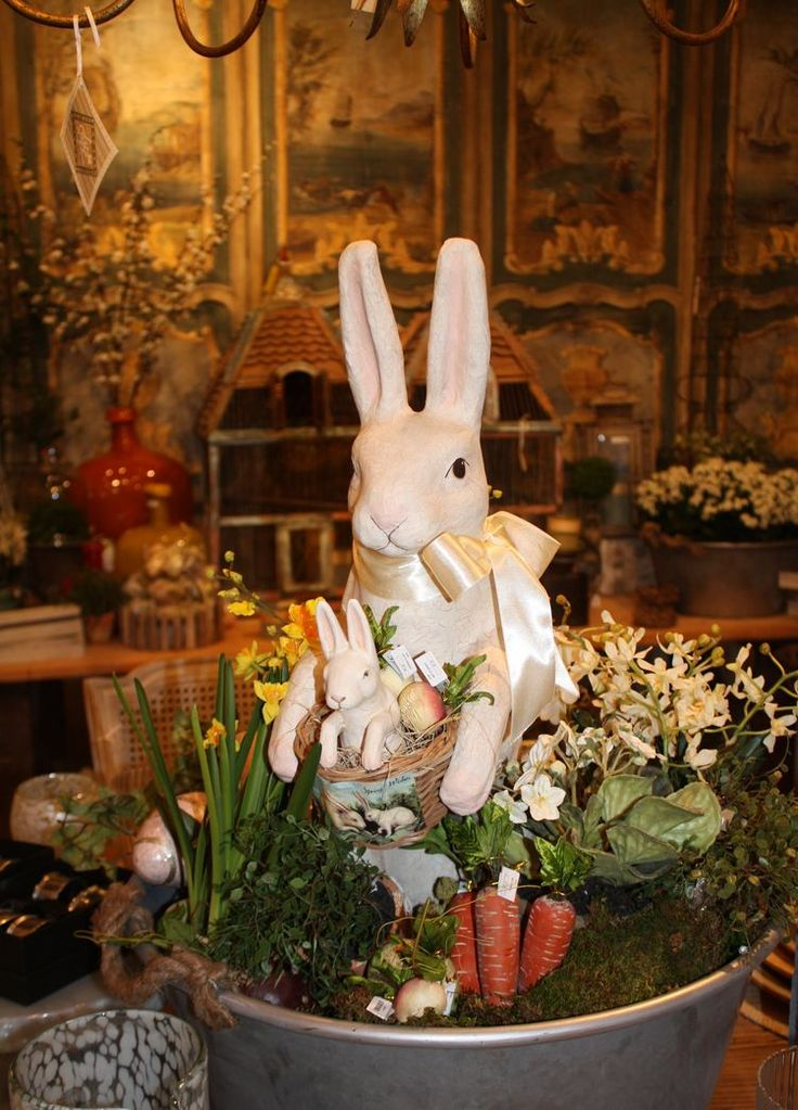 Easter table top at Annelle Primos