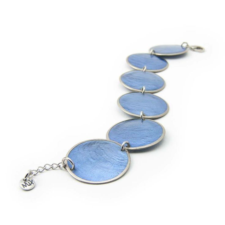 Armband met blauw parelmoer