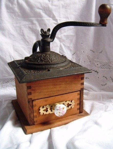 Vintage Antique Cast Iron wood coffee grinder by DeusFilia on Etsy, $59.99