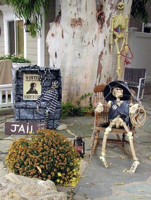 62 spooktacular diy halloween decorations - Beautiful Halloween Decorations