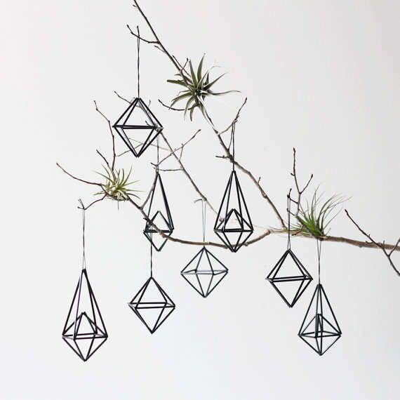 Geometric Himmeli Decorations - Eco-Friendly Tree Ornaments (I had an idea for geometric ornaments recently, so I'm glad that other people thought the same)