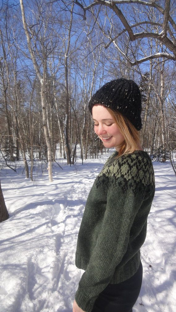 Icelandic Sweater / Lopapeysa Hand Knit in Pine Green Lopi Wool - Size Small/Medium READY TO SHIP