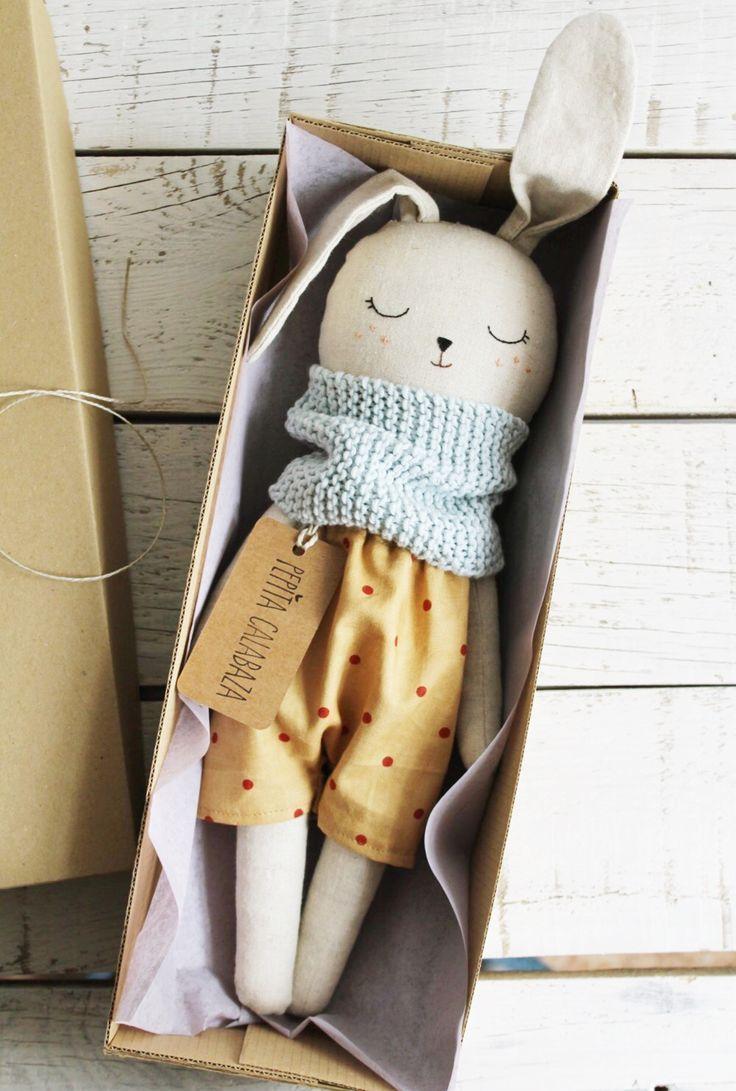 Handgemachte Bio Leinen Bunny Doll