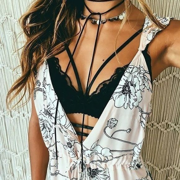 Strappy caged bralette Sz medium Strappy caged bralette coachella/ RAVE/EDC festival outfit. Intimates and lingerie bralet SFBRALETTE Intimates & Sleepwear Bras
