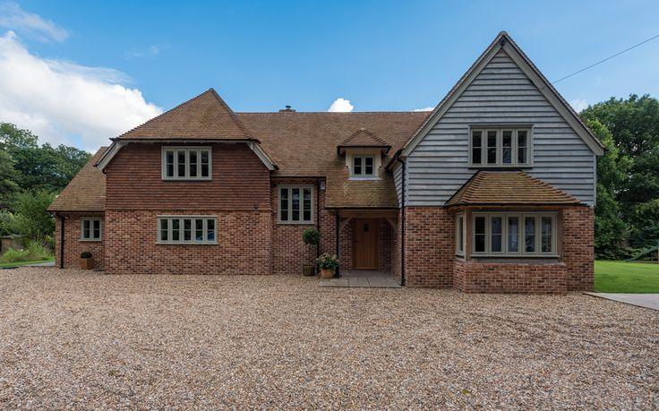Sussex Manor - Border Oak - oak framed houses, oak framed garages and structures.