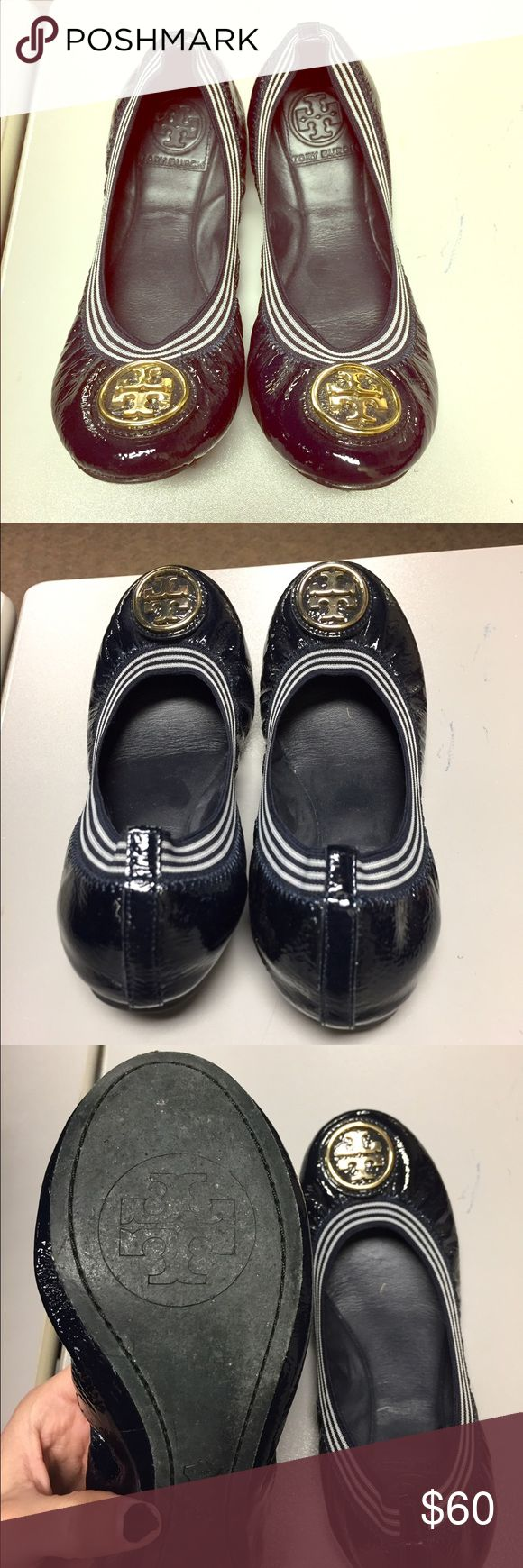 Tory burch flats Women's NAVY BLUE 6.5 Tory burch Caroline stripes ballerina flats. Been worn a few times good overall condition only sign of wear is the bottoms. Sold out online! Tory Burch Shoes Flats & Loafers