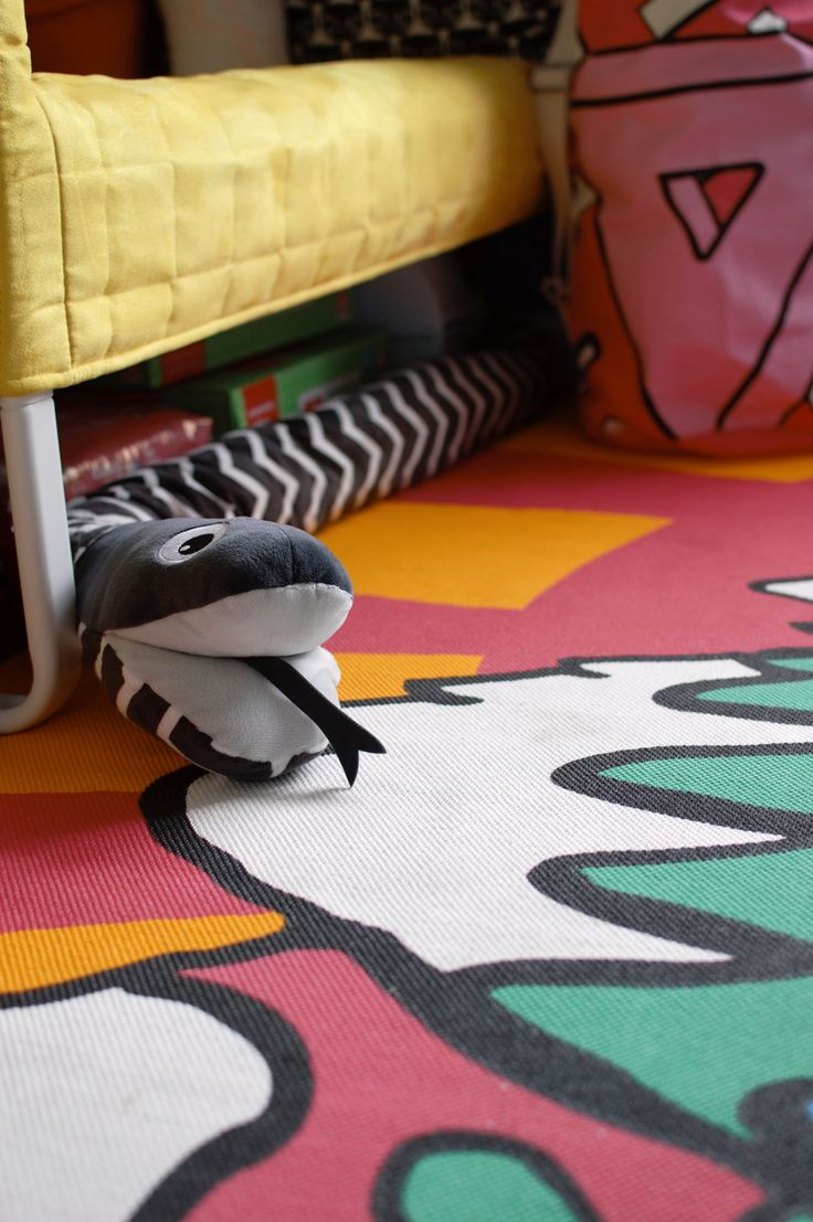 This rug from the IKEA SPRIDD collection is so Dr. Seuss! Check out the rest of this colourful Toddler Bedroom Makeover