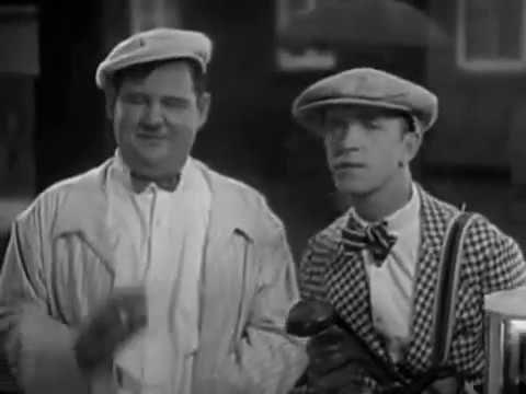 Laurel & Hardy:in, Should Married Men Go Home, 1928
