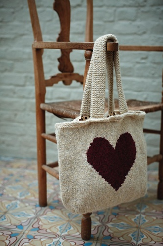 Knit heart tote