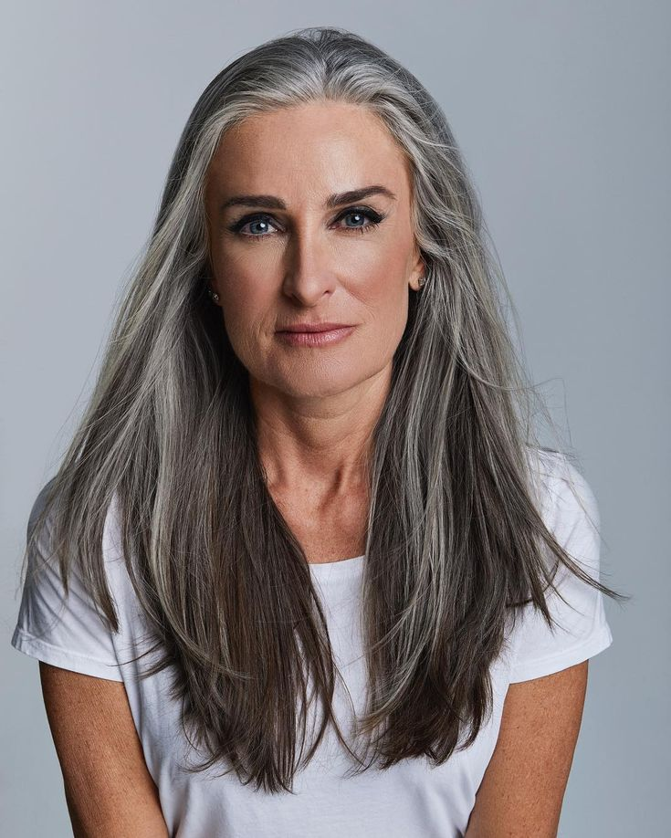 Beauty Grey Haired With Ultra Passionate Body 1