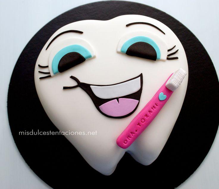 Sorpresa para una Odontóloga graduation cake for a dentist